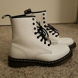 Doc Martens 1460 Smooth White